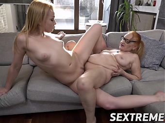 Ginger granny wants to teach young babe how to eat pussy